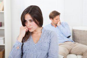 mulher-duvida-relacionamento